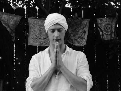 Satnam prayer pose